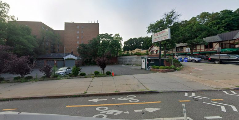 44-36 Douglaston Parkway in Douglaston, Queens