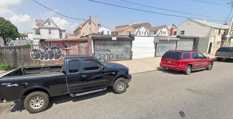 187-09 Hollis Avenue in Jamaica, Queens