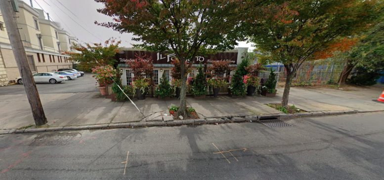 2902 Emmons Avenue in Sheepshead Bay, Brooklyn
