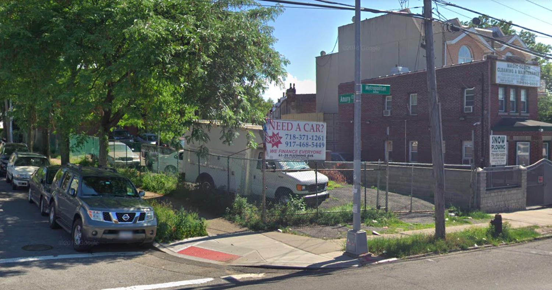 54-24 Metropolitan Avenue of Ridgewood, Queens