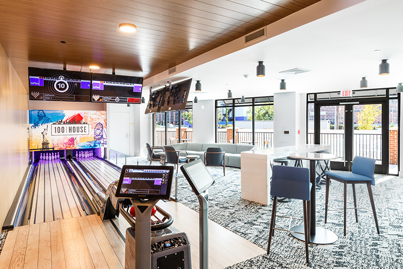 Private bowling alley at 100 House