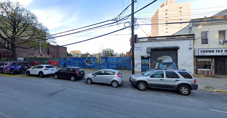 14-41 Broadway in Astoria, Queens