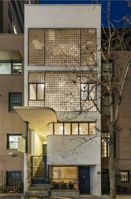 Existing conditions of the Lescaze House, front elevation (211 East 48th Street) - The Turett Collective