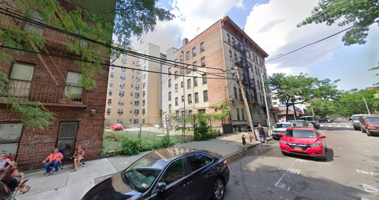 2085 Mohegan Avenue in Crotona, The Bronx
