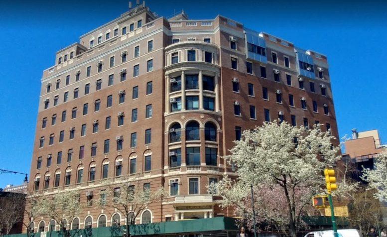 565 Manhattan Avenue in Harlem, Manhattan