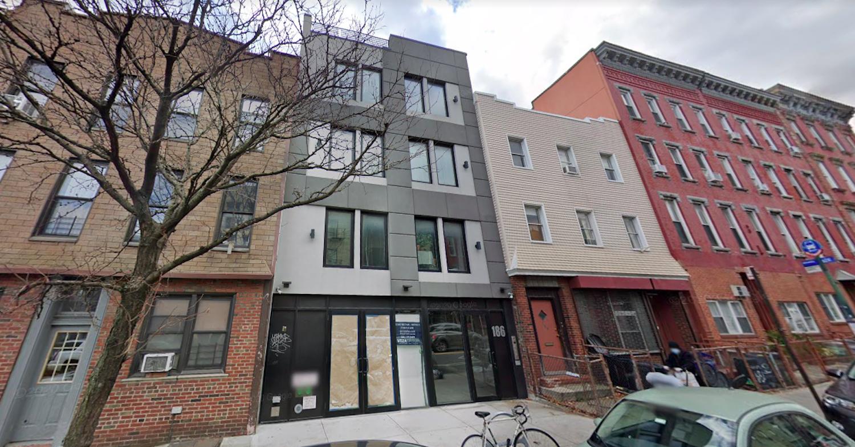 186 Greenpoint Avenue di Greenpoint, Brooklyn melalui Google Maps