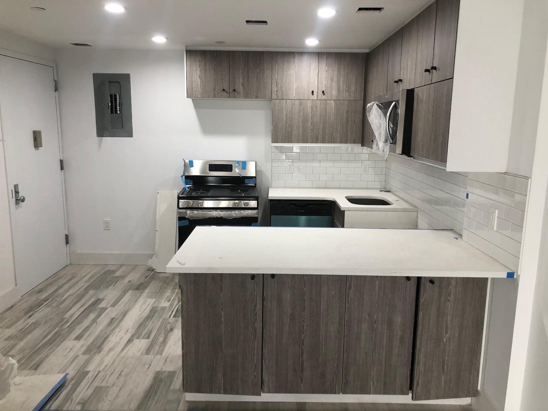 455 Onderdonk Avenue Apartments