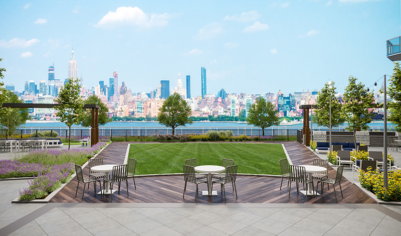 Outdoor courtyard at The Beach - Courtesy of Newport Leasing Office